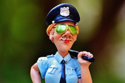 policewoman-985037_960_720
