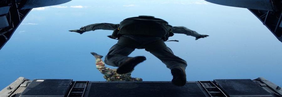 skydiving-708699_960_720