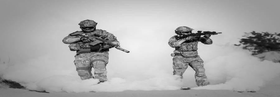 soldats guerre désert